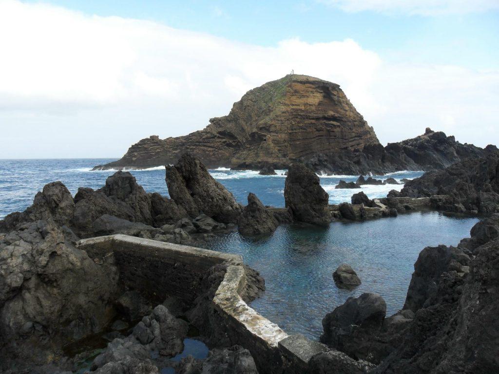 Porto Moniz auf der Insel Madeira