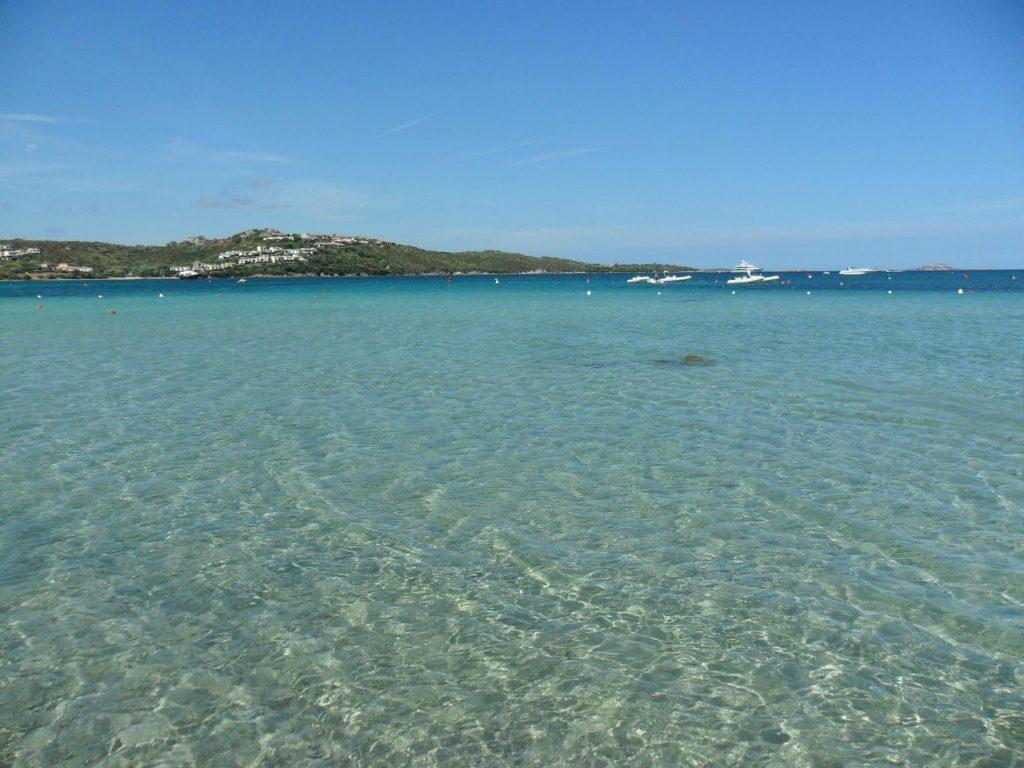 Strand von Marinella auf Sardinien