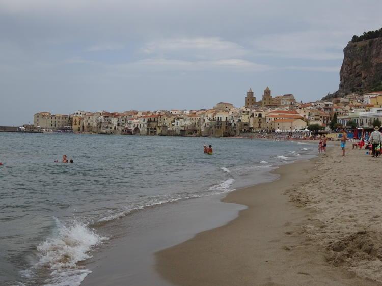 Strand Cefalù