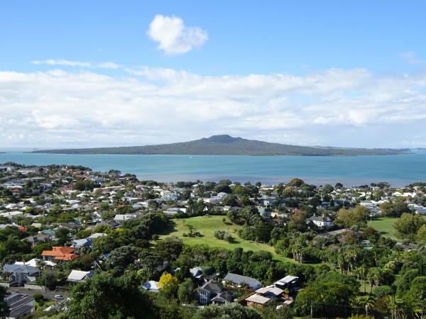 Blick von Mount Victoria auf Rangitoto - Devonport