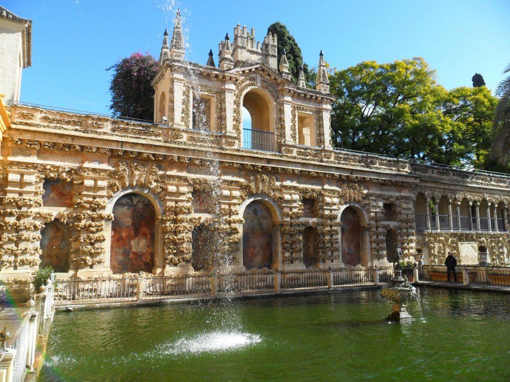 Im Garten des Alcázar in Sevilla (Andalusien)