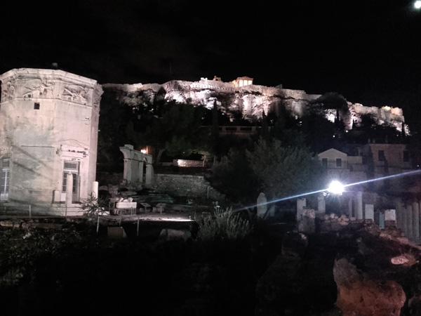 Turm der Winde und Akropolis