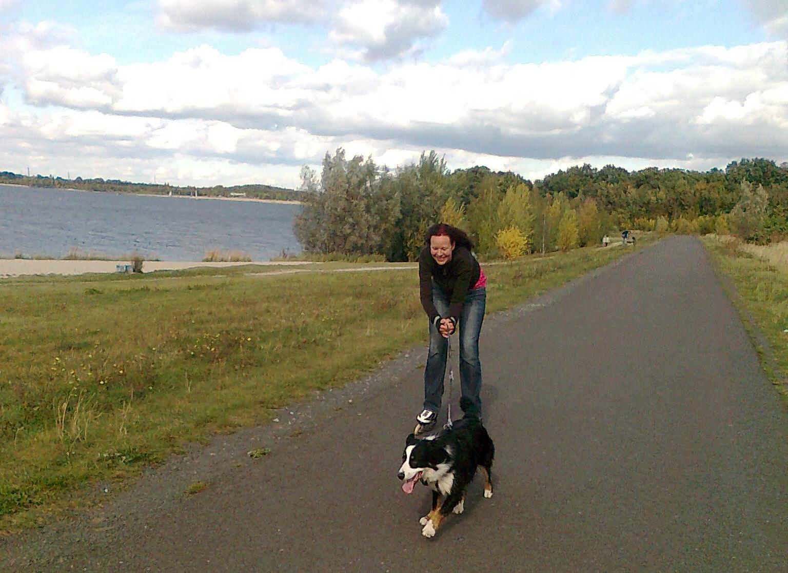 Skaten mit Hund - Cospudener See