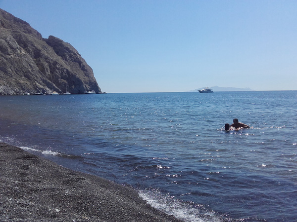 Perissa Beach - Strände auf Santorini