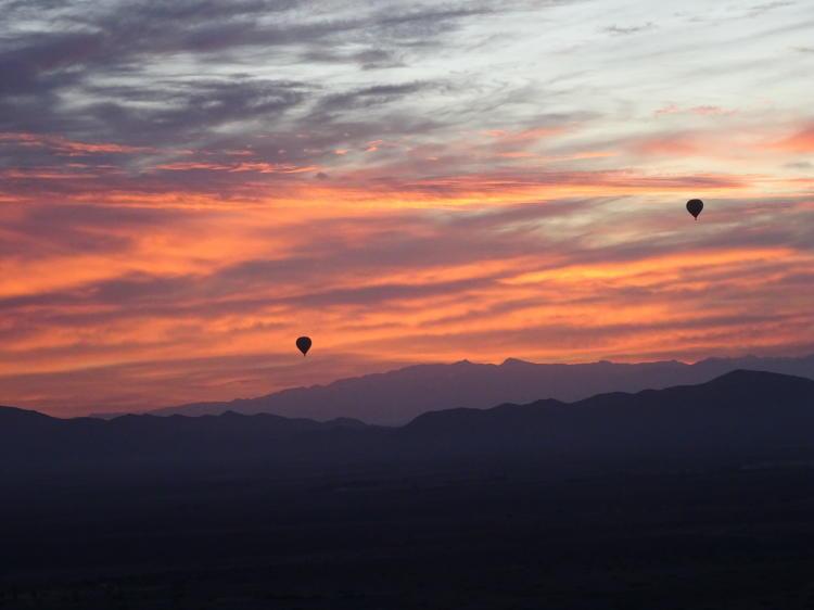 Heißluftballonflug Marokko bei Sonnenaufgang