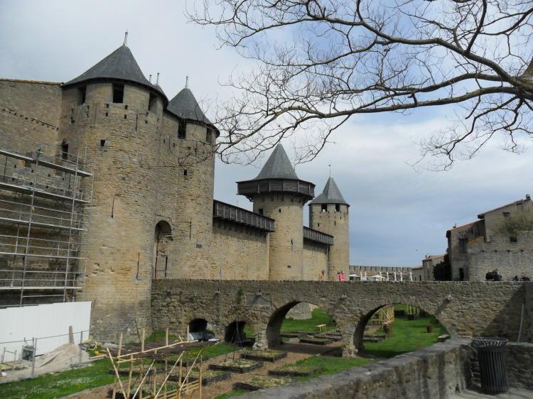 Eingang zum Château Comtal