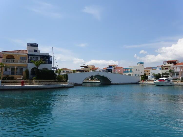 Limassol Marina (Yachthafen)