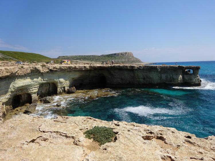 Meereshöhlen (Sea Caves)
