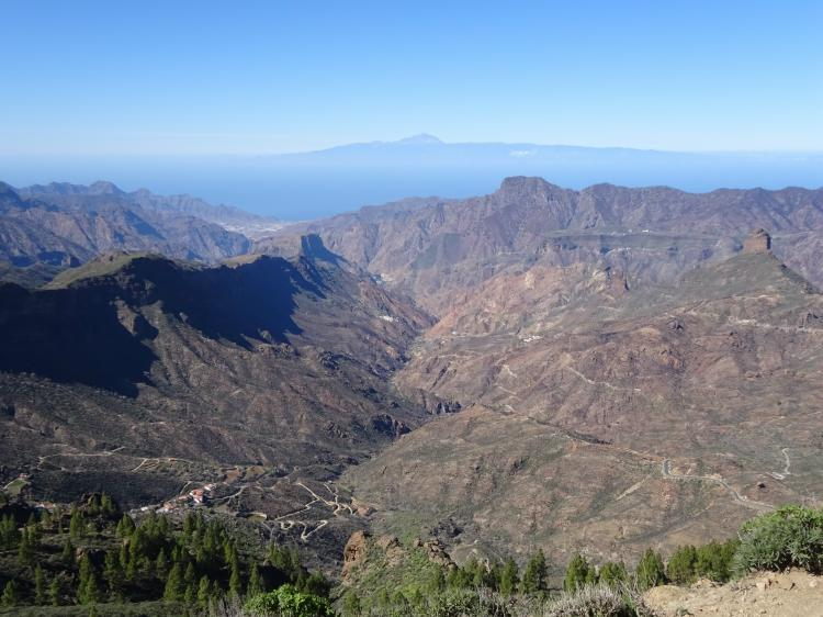 Panoramablick mit Teide