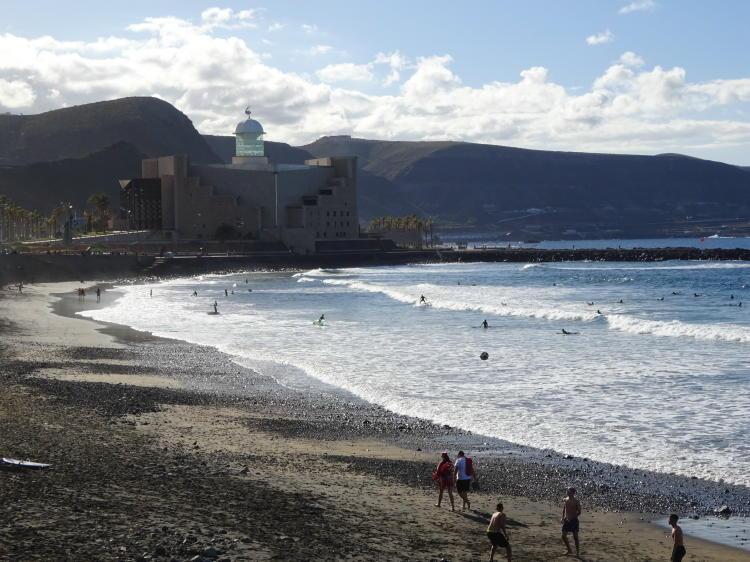 Surfer - Playa de las Canteras