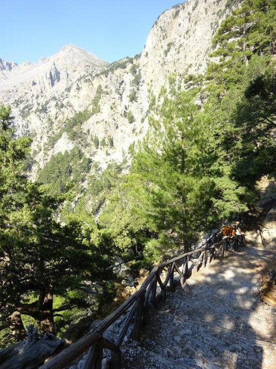 Steiler Abstieg - Samaria-Schlucht