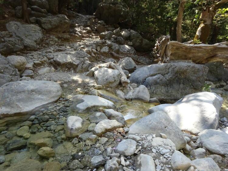 Samaria-Schlucht - Flussüberquerung