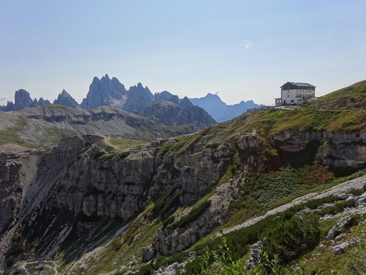 Blick zur Auronzohütte